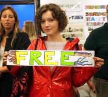 holding free_lr