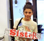 holding sister_lr