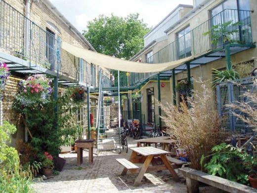 CF_courtyard_summerRGB